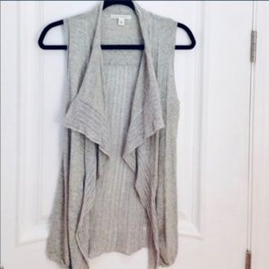 Banana Republic Grey Sleeveless Knit Cardigan Vest